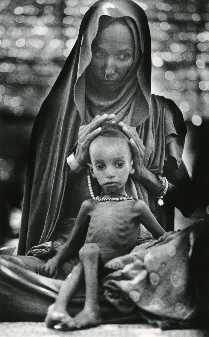 Ethiopian Mother And Child The Globe Collection