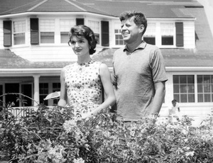 John F. Kennedy And Jackie Kennedy In Hyannis Port 1957