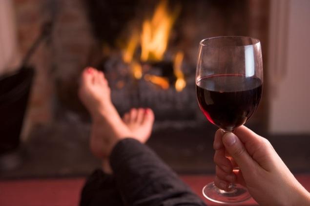 wine-woman-relax.jpg