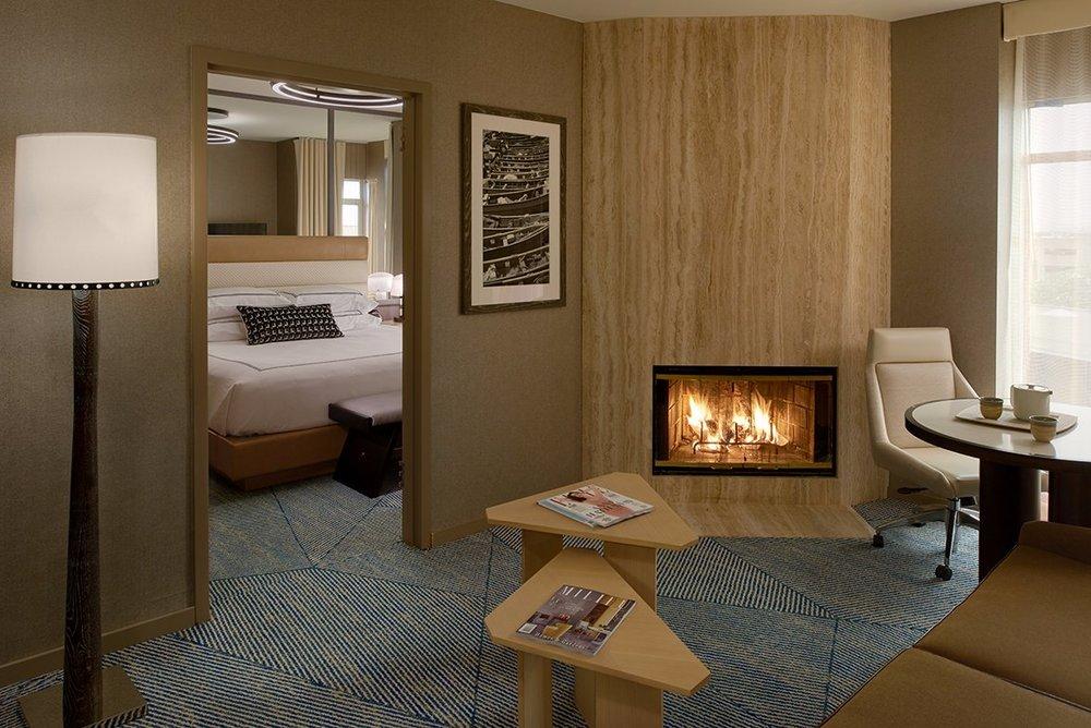 king-suite-1 (1).jpg