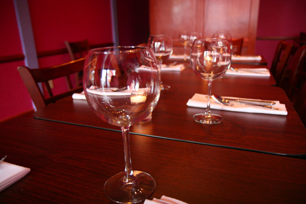 autenticadining_wineglasses.jpg