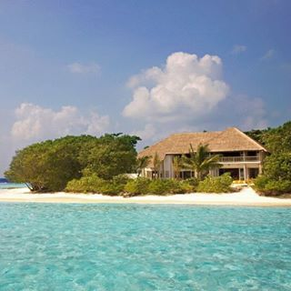 DESTINATION: The inspiring view of Soneva Fushi, Maldives #destination #getaway #vacation #island #maldives #paradise #hut #private #inspiration #location #beachlife #ocean #sand #pool #cabanashow
