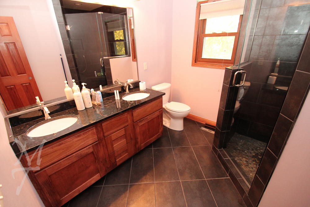 Before_Bathroom_01A.jpg