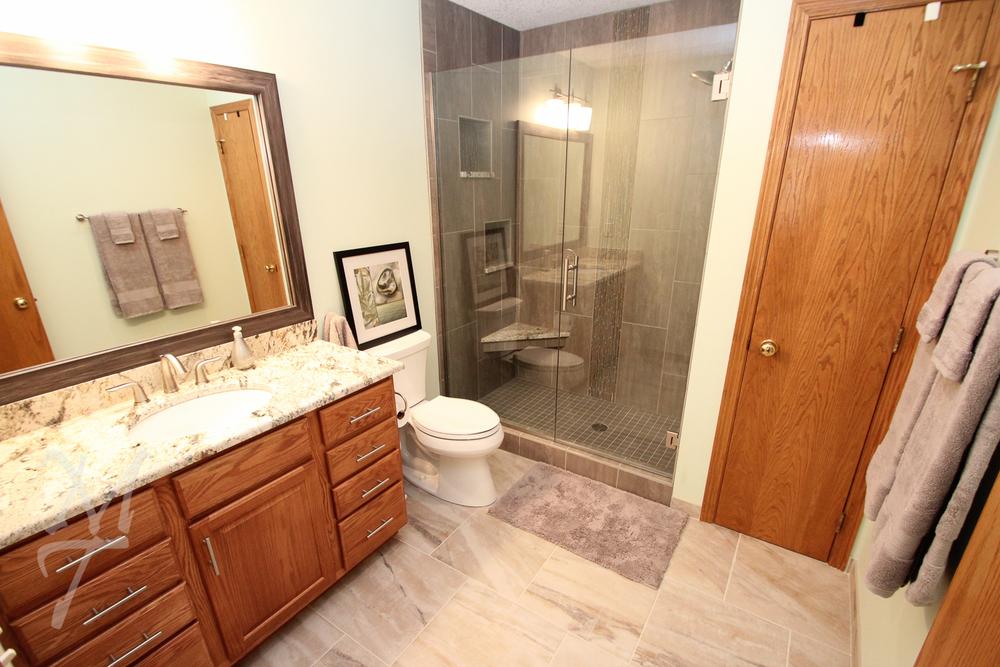 After_Bathroom_01J.jpg