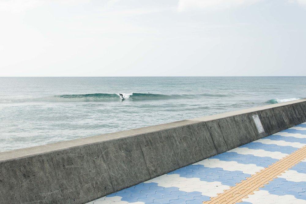 Sunabe Seawall