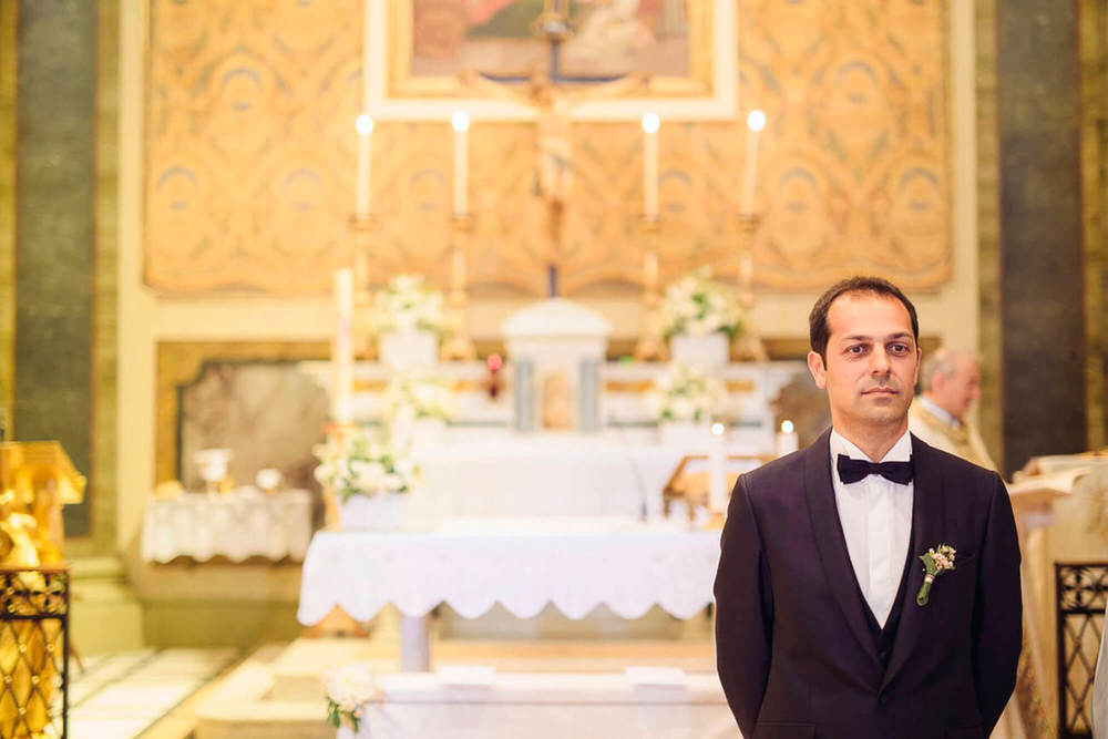 61_wedding_marche_sposo aspetta.jpg