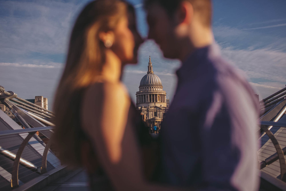 14_london engagement_london bridge_wedding.jpg