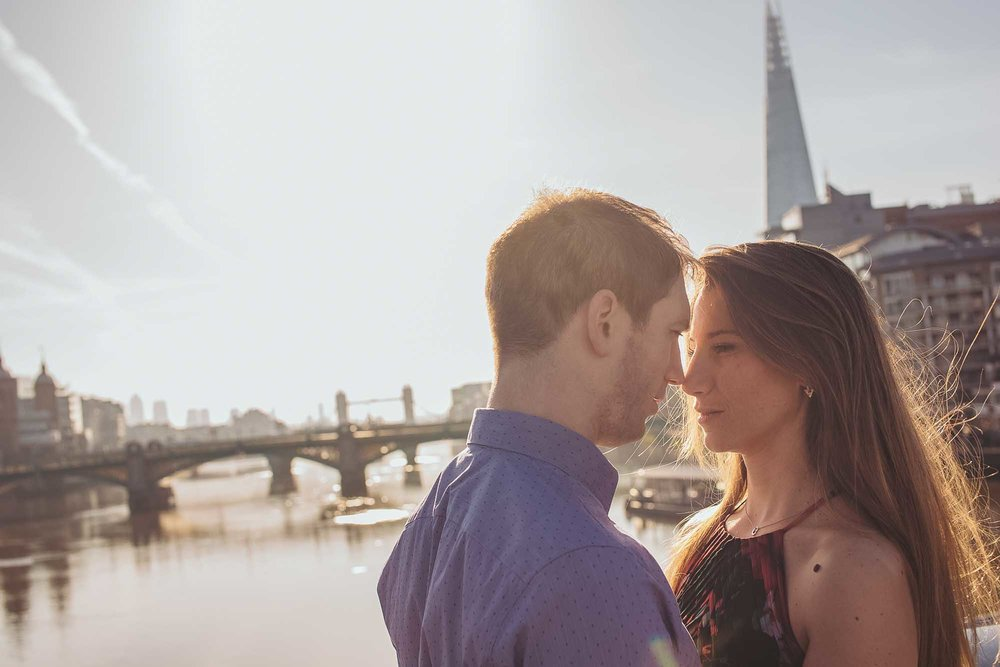15_london engagement_london bridge_wedding.jpg