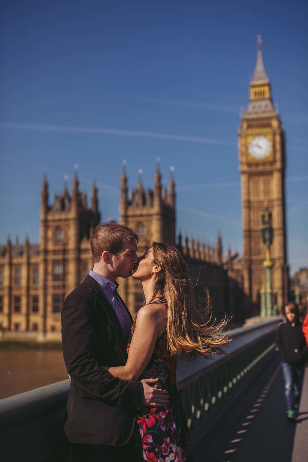 35_london engagement_london bridge_wedding.jpg