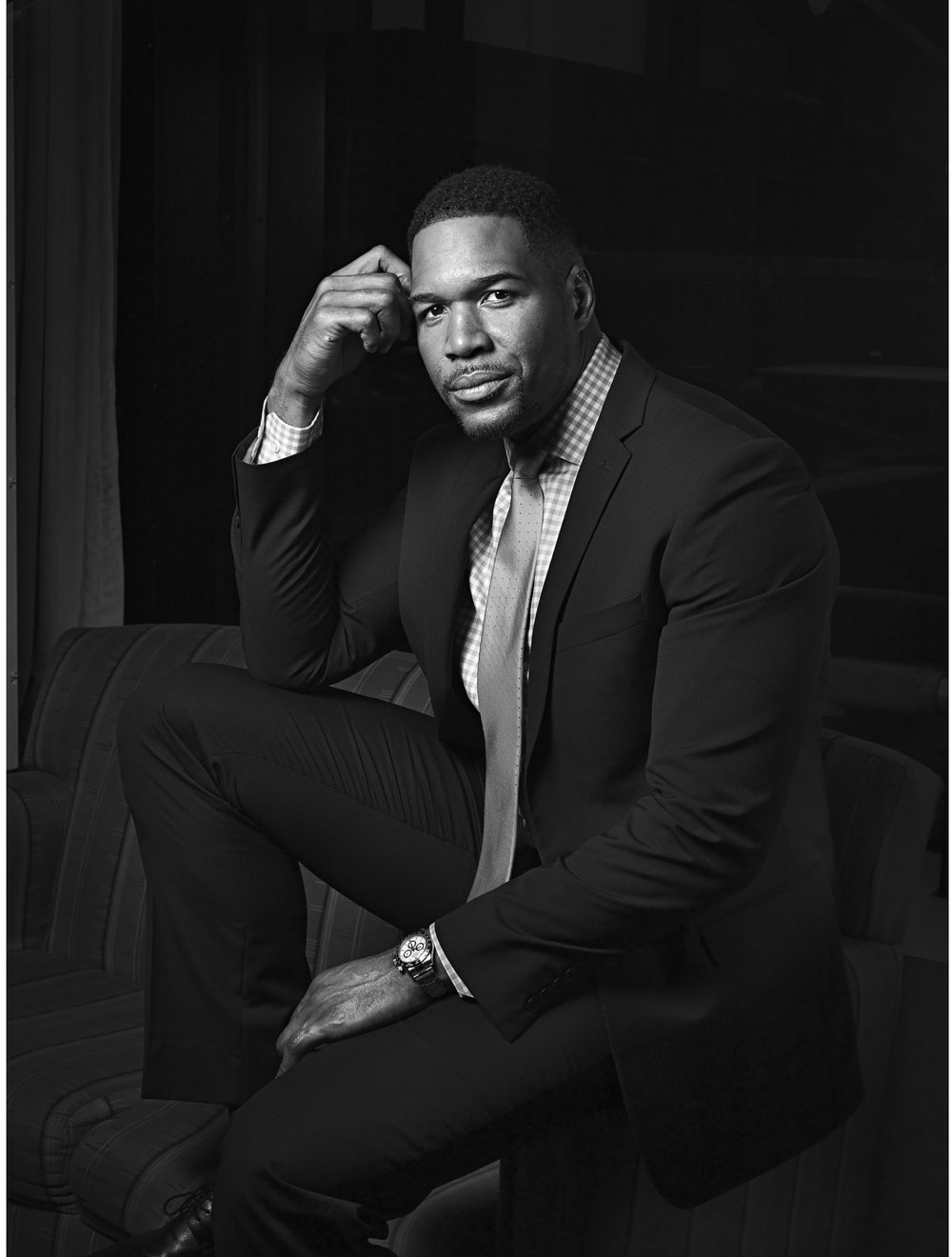 MICHAEL STRAHAN   MEDIA PERSONALITY, FORMER NFL PLAYER