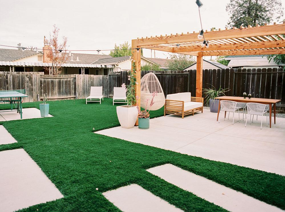 modern backyard-2.jpg