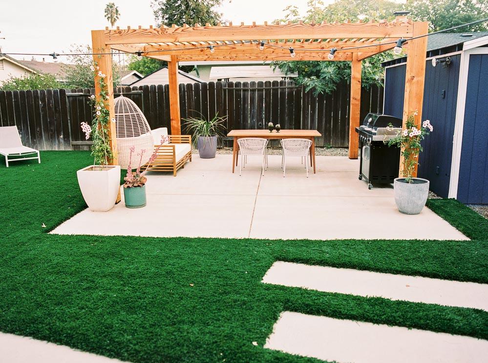 modern backyard-3.jpg