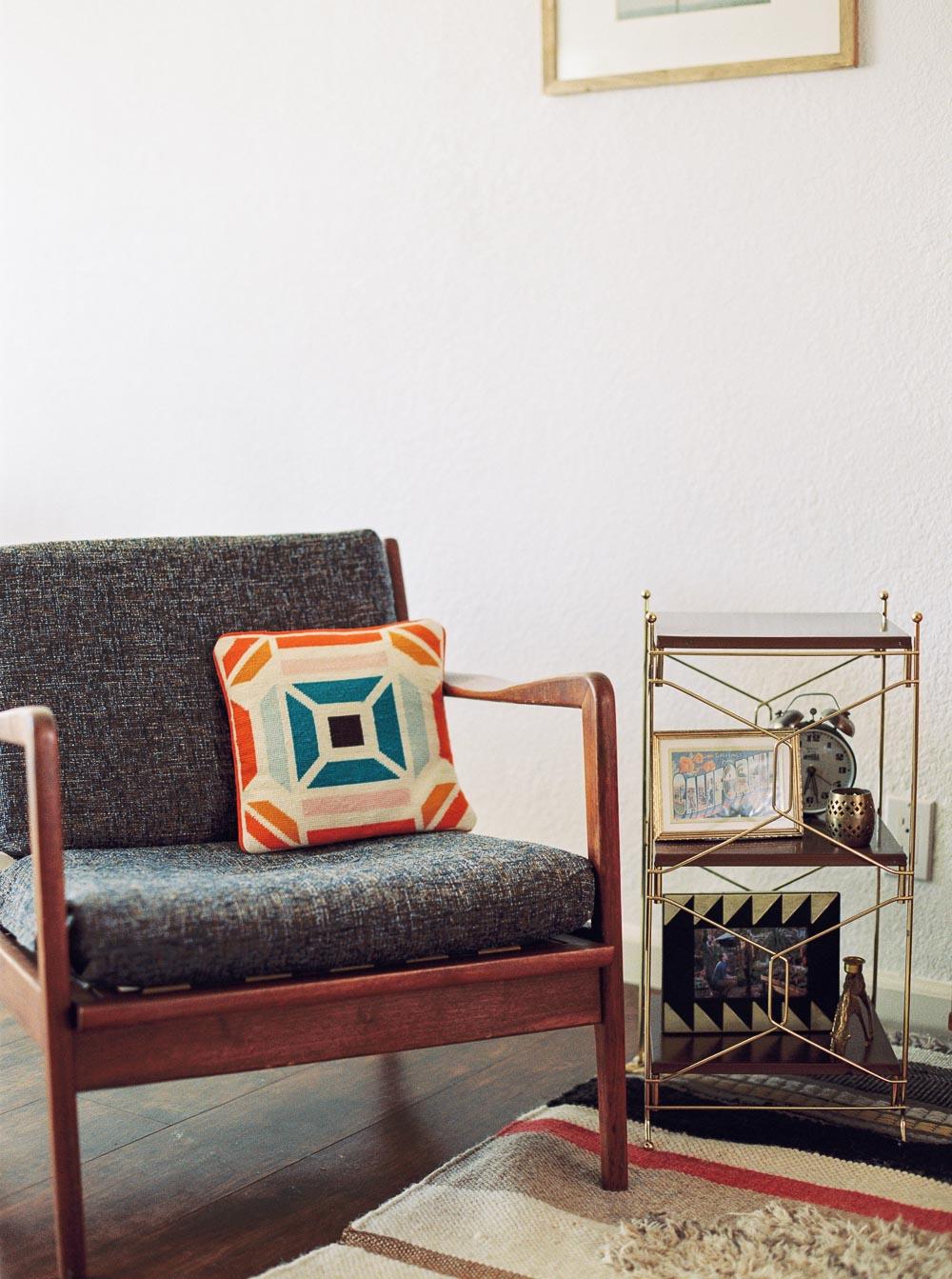 mid century modern living room-2.jpg