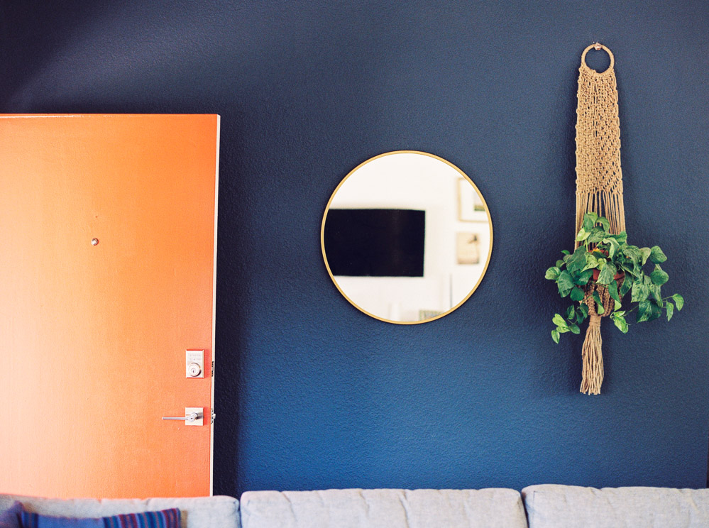 mid century modern living room-5.jpg
