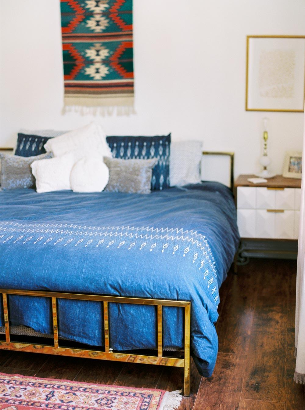 Mid century modern bedroom-14.jpg