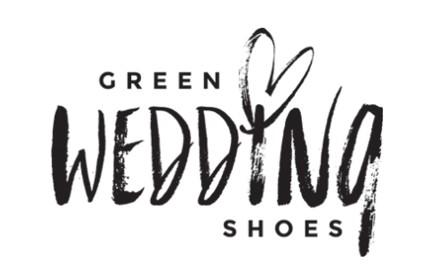 CLICK ABOVE to head over to Green Wedding Shoes to see our home tour of the Poff Pad!
