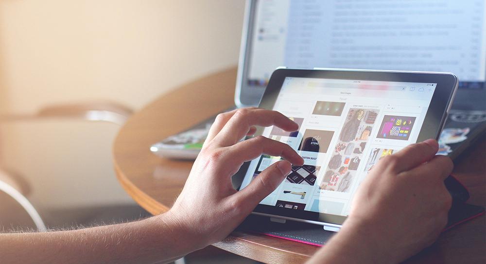 Cohesive E-Commerce Experiences