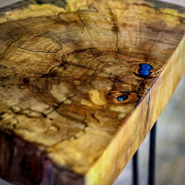 Good morning beautiful! . . . #reclaimedwood #reclaimedfurniture #madeinkc #furnituredesign  #kcmo  #igkansascity  #westbottoms  #interiordesign  #shoplocal  #shopkc  #handmade  #reclaimedwoodtable #design  #industrialdesign #bisondesignco  #table  #instadesign  #instadecor  #houzz  #furniture  #woodworking  #apartmenttherapy  #igkc  #uo  #uohome  #designsponge