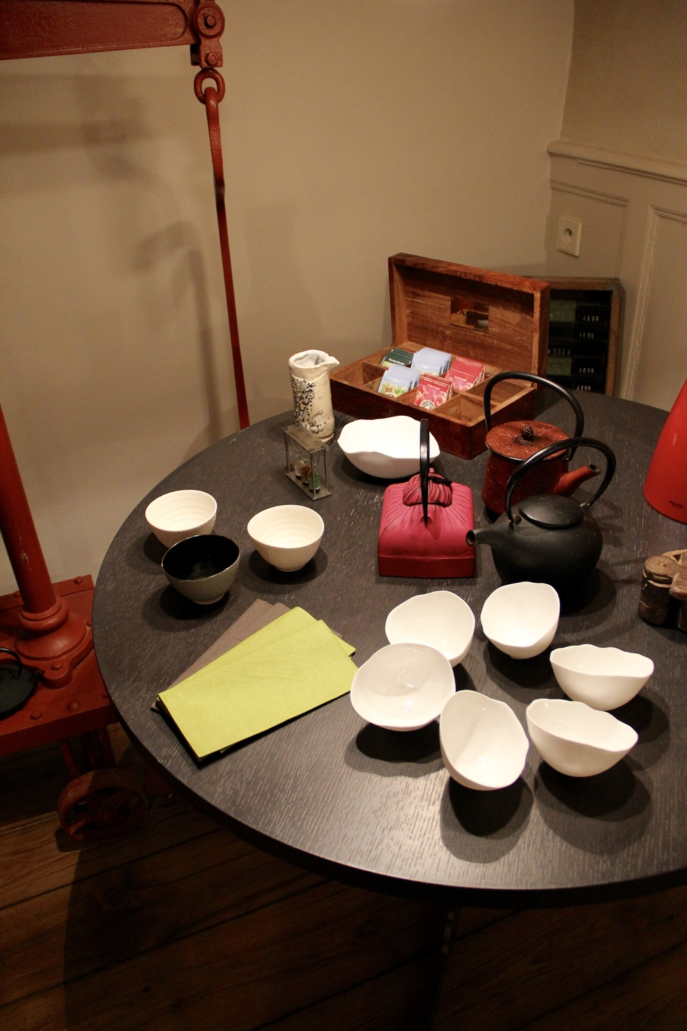 Tea station in the dining room at La Maison Pavie, Dinan, France