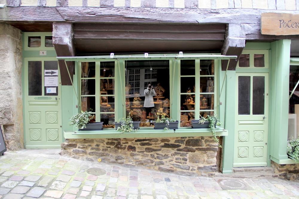 Storefront along Rue du Petit-Fort, Dinan, France