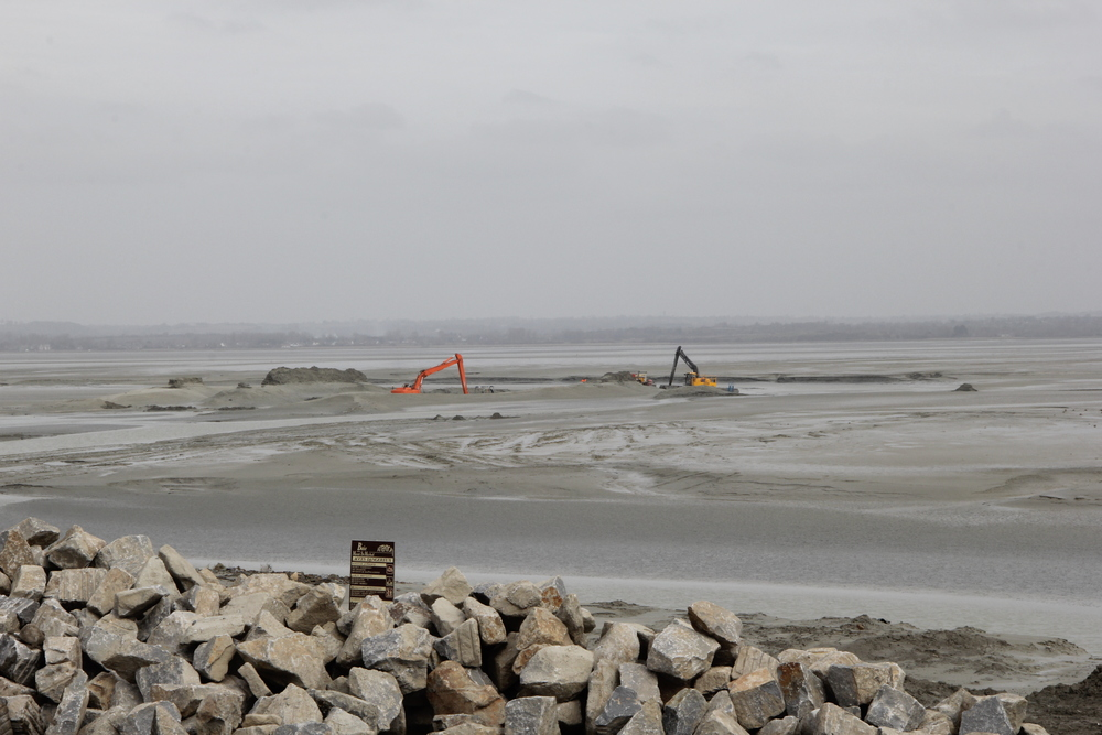 Dredging at Le Mont St Michel