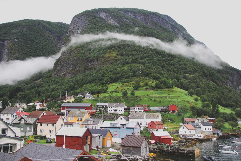 Naeryfjord-10.jpg