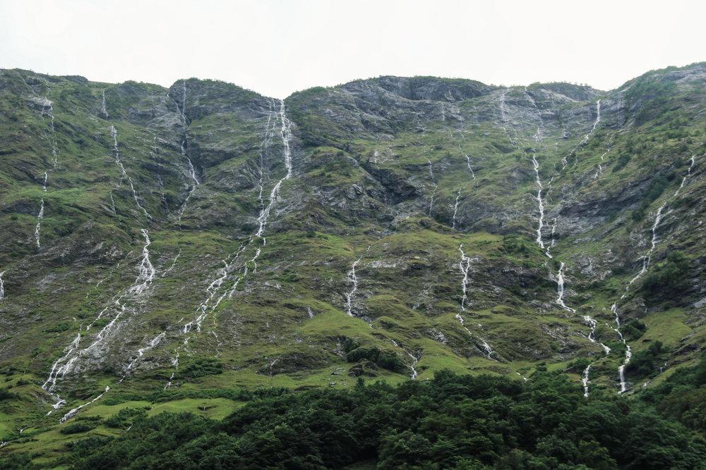 Naeryfjord-30.jpg
