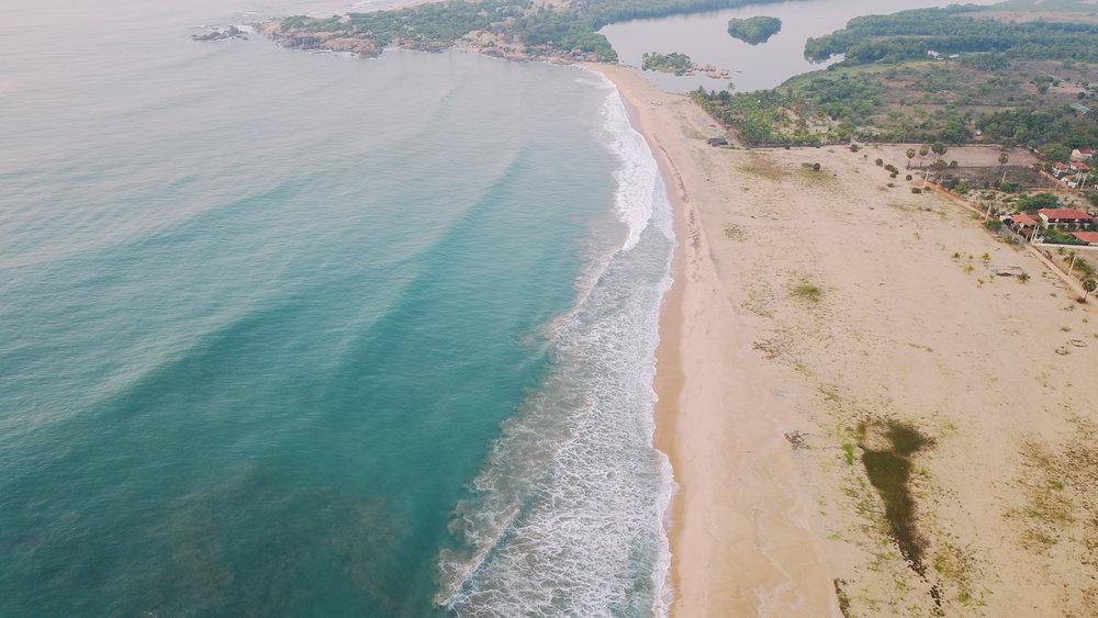 Surfing in Arugam Bay-6.jpg