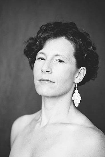 Regal Beauty Portraits by Mandy Mohler