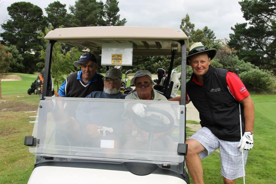 Wrest Point golf cart golfers
