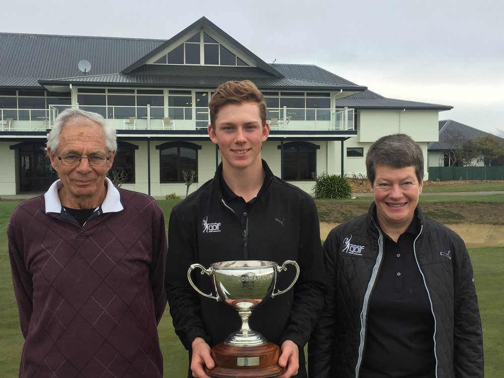 Daniel Hillier, flanked by Nelson Golf Club president Owen Kirker and New Zealand Golf board member Anna Shires, following his win in the New Zealand Under-19 Championship in Nelson.