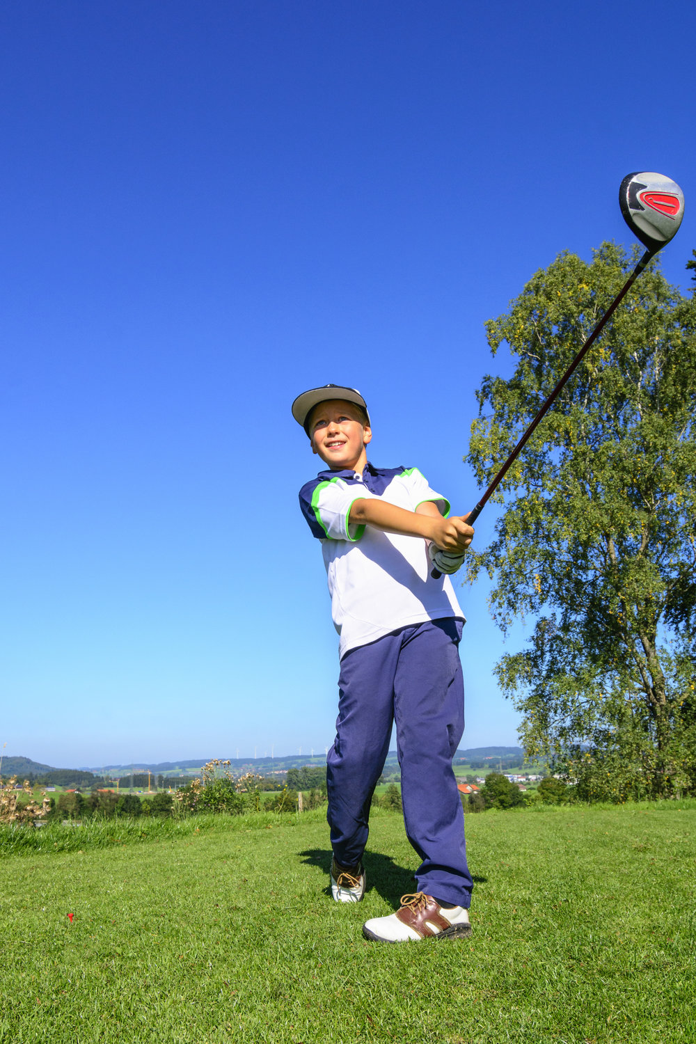 Junior Golf AdobeStock_118621114.jpeg