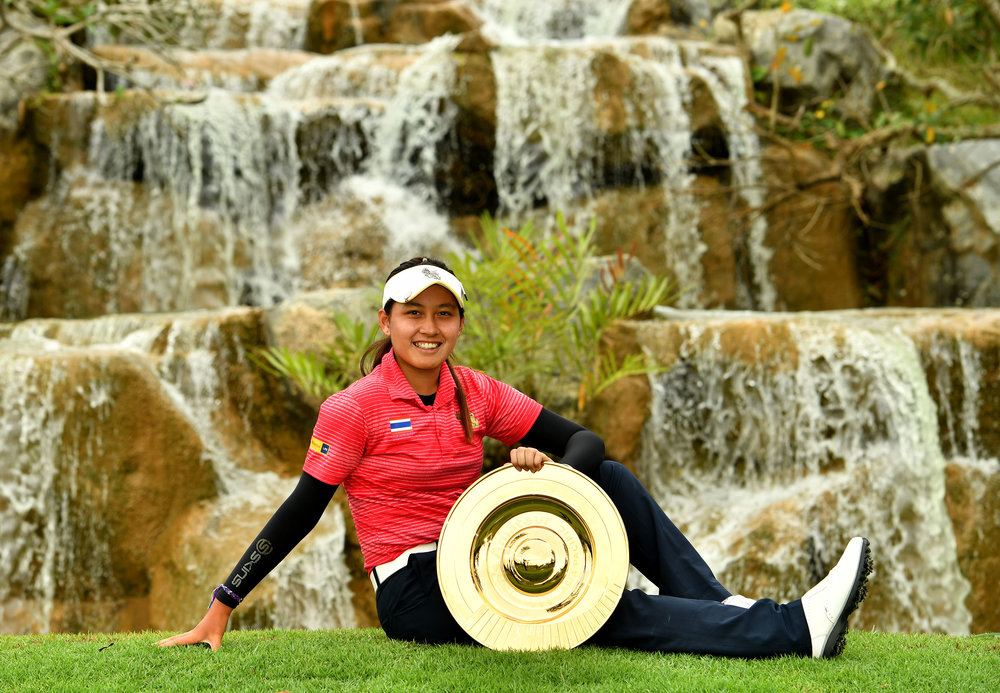 Wenyung Keh, in her all black colours, at the Asia Pacific Amateur in Singapore 1.JPG