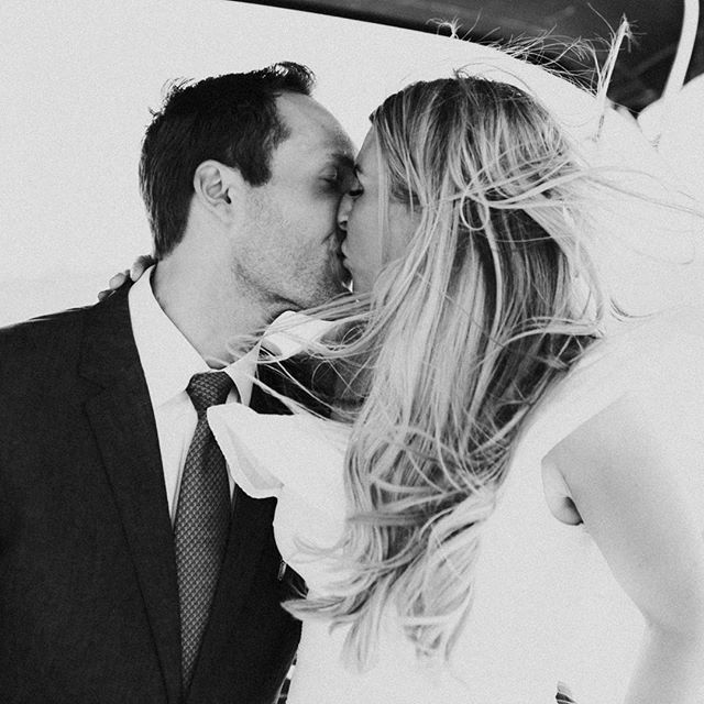 One of my favorite black and white photos to date. 😍 And a little throwback to this intimate ceremony, in the sunshine, on a boat floating down the St. Croix River. Shooting outside in the cold can be fun, but let's be real...spring, summer - I am READY for you. 😂
