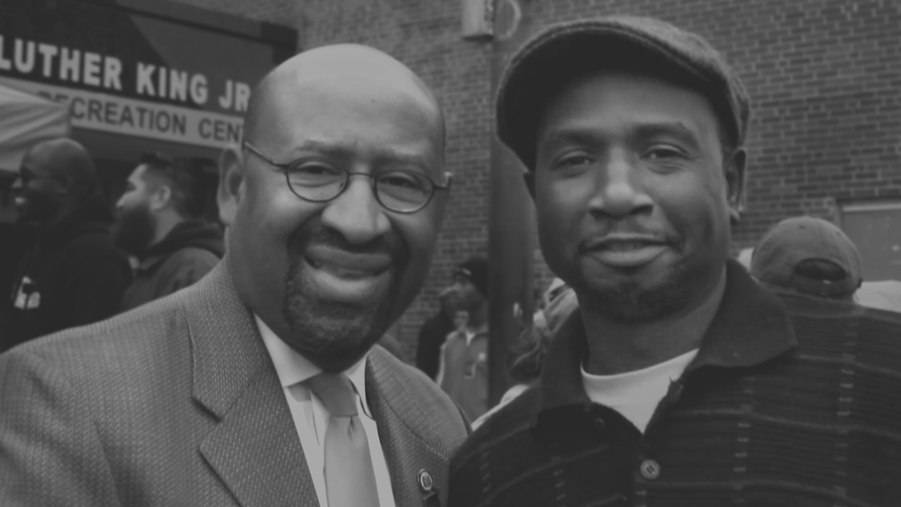 (ABOVE) PHILLY MAYOR NUTTER sHAREA smile WITH WILL on HIS dedication day #PUBLICART