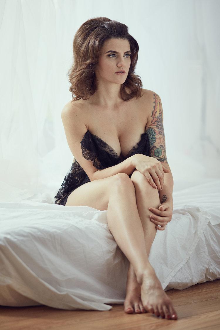 elizabeth-01-boudoir-torrealba.jpg