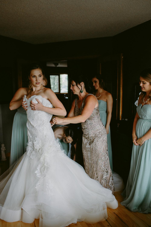 calgary-wedding-photographer-3.jpg