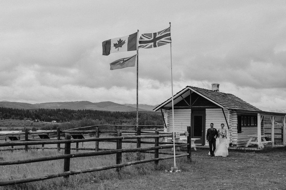 calgary-wedding-photographer-28.jpg