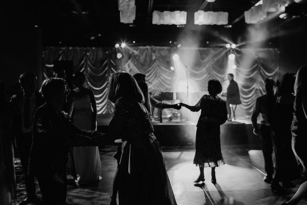 calgary-wedding-photographer-86.jpg