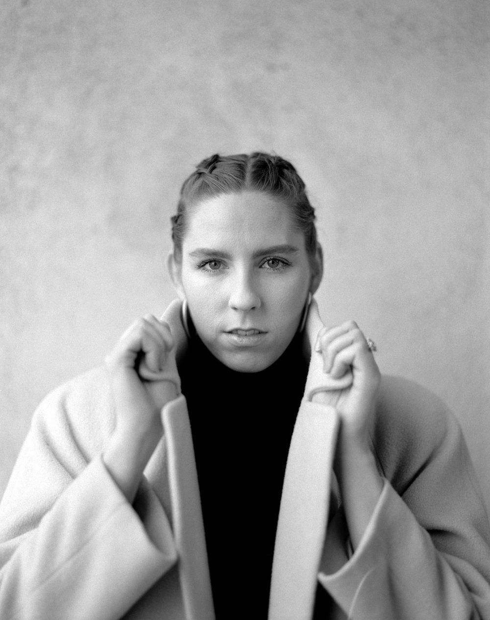 Julie, 2019