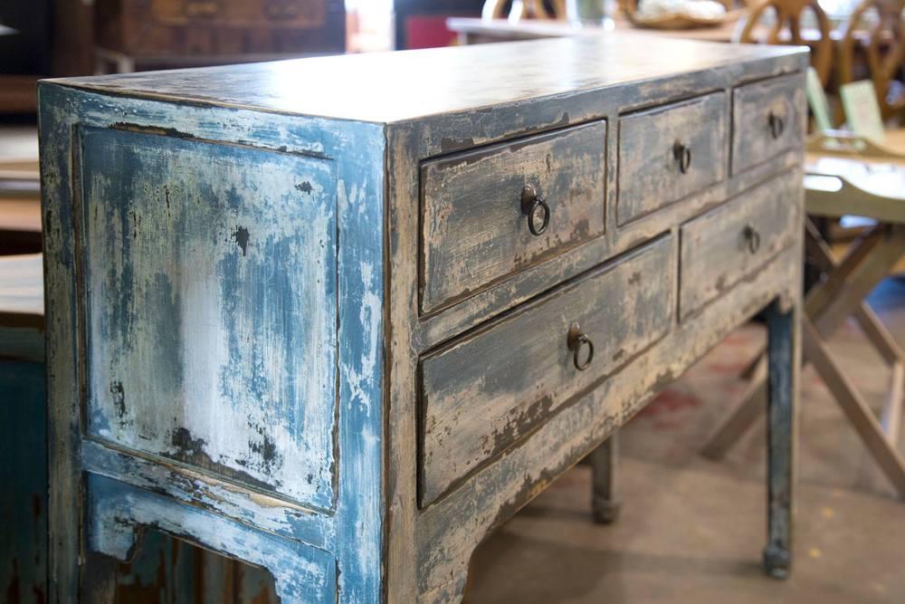 Gloss raffles t cnica del patinado en madera - Pintura de muebles de madera ...