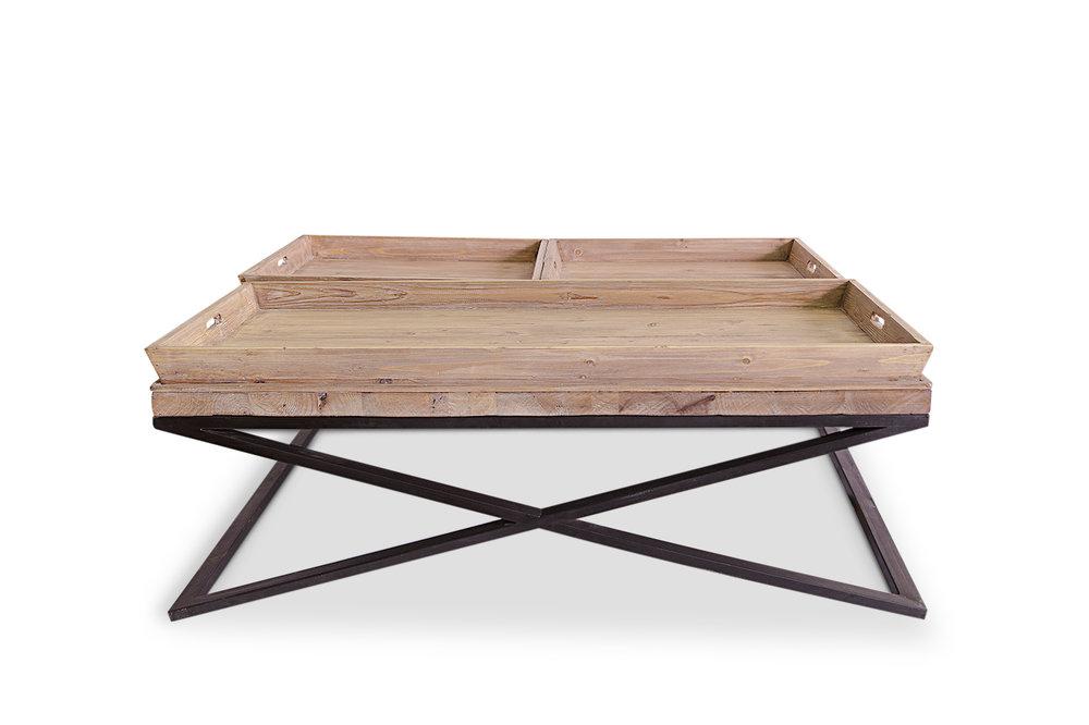 Mesa de centro, con estructura de aspa metálica y sobre en madera formado por una base y 3 bandeja sobrepuestas. Medidas 120x120x45 Posibilidad de fabricar en otras medidas y acabados.