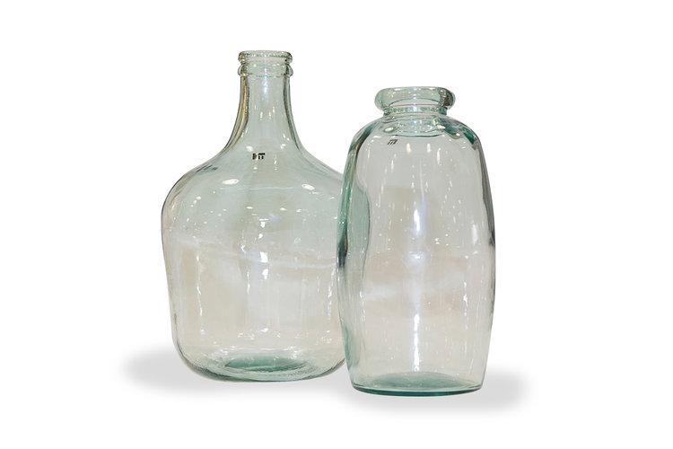 Botellas de cristal. Varios modelos, tamaños y colores.