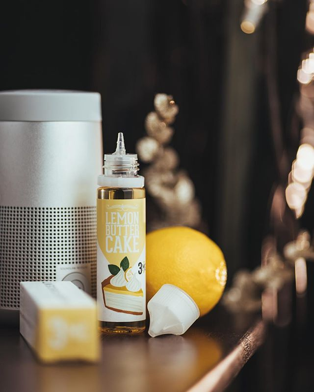 Best Seller Alert! ⚠️⚠️ Lemon Butter Cake by @decentjuiceco is fully restocked at both #Vapeco locations. 📸: @letsvapesafe •••••••••• Vapeco | The Upscale Vaping Experience 📍 Two Las Vegas Locations 🏙 Summerlin & North West 📱 (702) 979 6000 🖥 www.vapeco.us