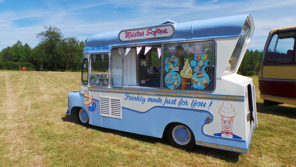Ema - vintage ice cream van hire, Kent