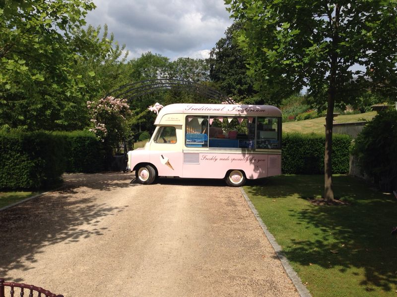 Belle - our vintage ice cream van at a wedding