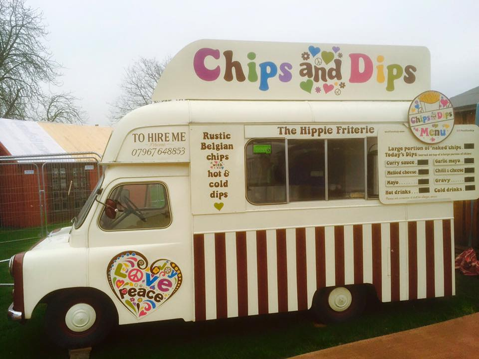 Chips & Dips_the hippie friterie 2.jpg