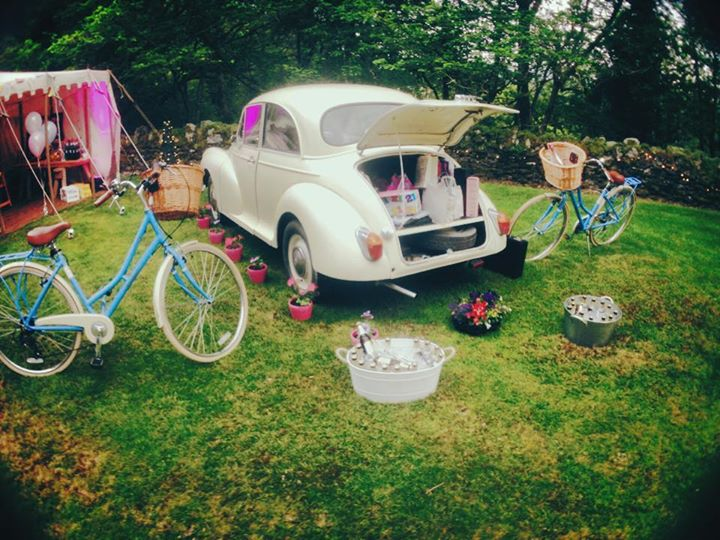 The beautiful, vintage bikes and beetle with a boot full of booze...