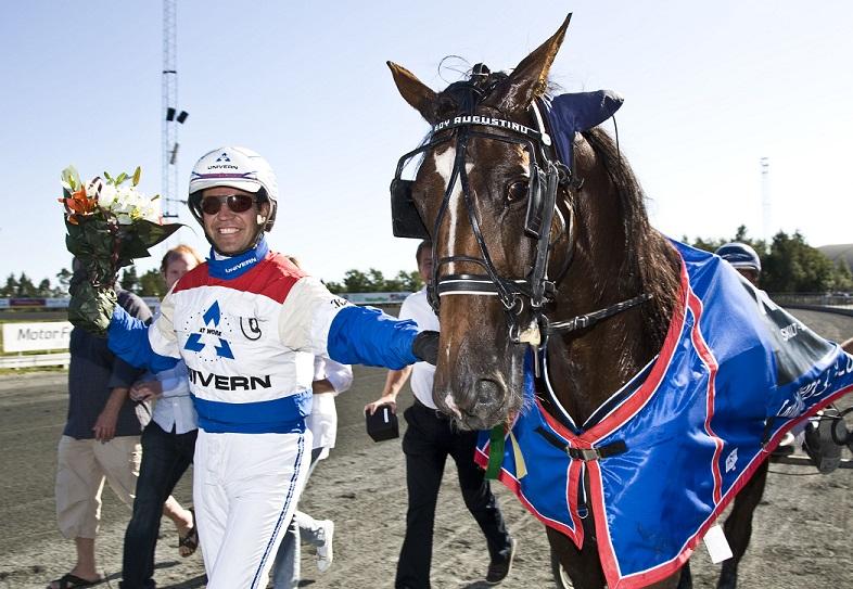Sentrale Lars Anvar Kolle kommer til tipsmøtet lørdag for å gi spillerne den beste infoen opp mot V75-omgangen. Foto: Hesteguiden.com.