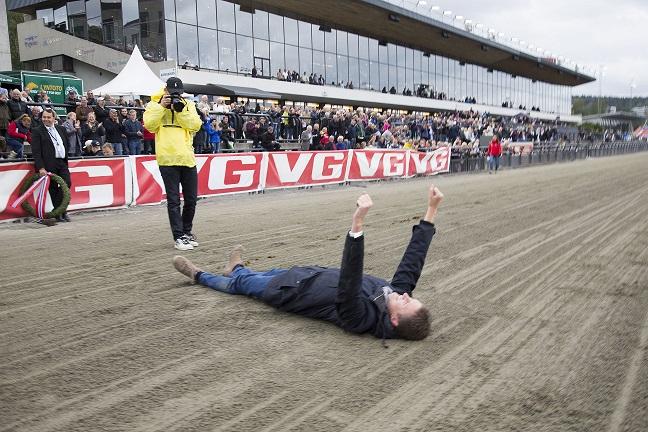 Med Kryss-spillet åpent fast på onsdager og lørdager kan fort slike scener oppstå. Foto: Hesteguiden.com.